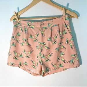 High-Waisted Trouser Fit Bird Printed Shorts, M